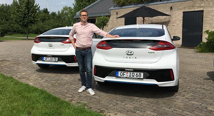 Nils Svärd tror att nya Hyundai Ioniq kan bli en vass utmanare till hybridbilarnas urfader – Toyota Prius.