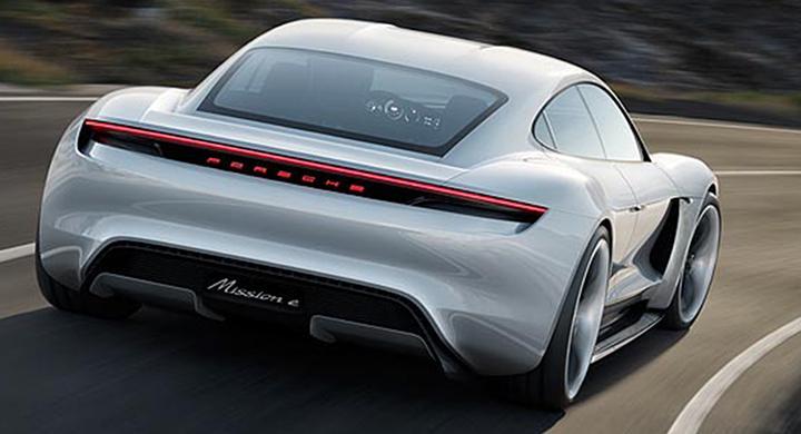 Porsche anställer fler för elbilsbygge