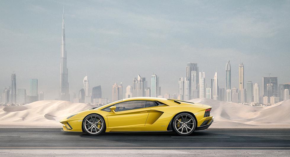 Lamborghini Aventador S styr med alla hjul