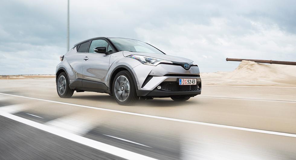 Toyota hymlar inte och säger öppet att form gått före funktion. Förhoppningen är att locka yngre bilköpare.