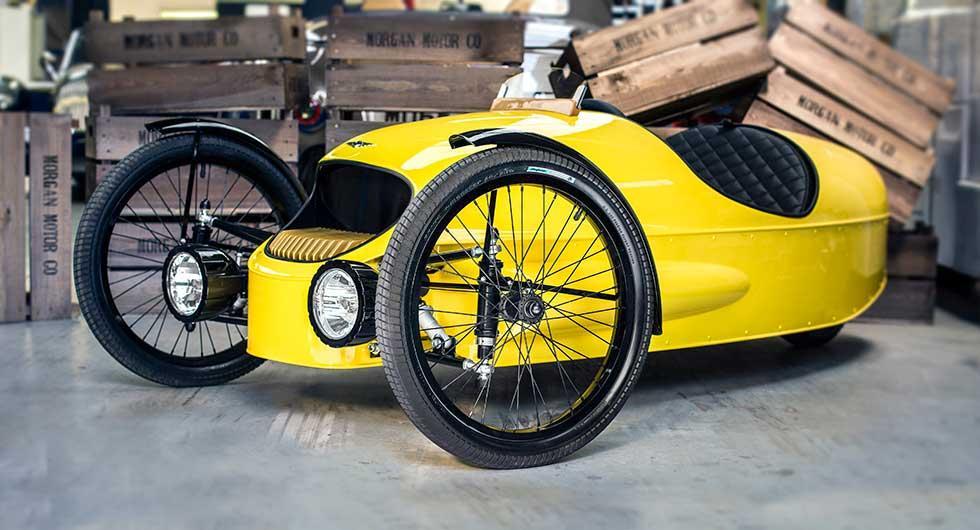 Morgan gör trehjulig barnbil
