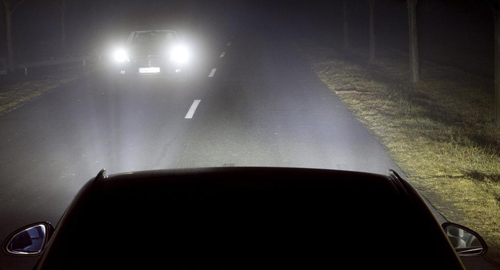 Många rädda för mörkerkörning