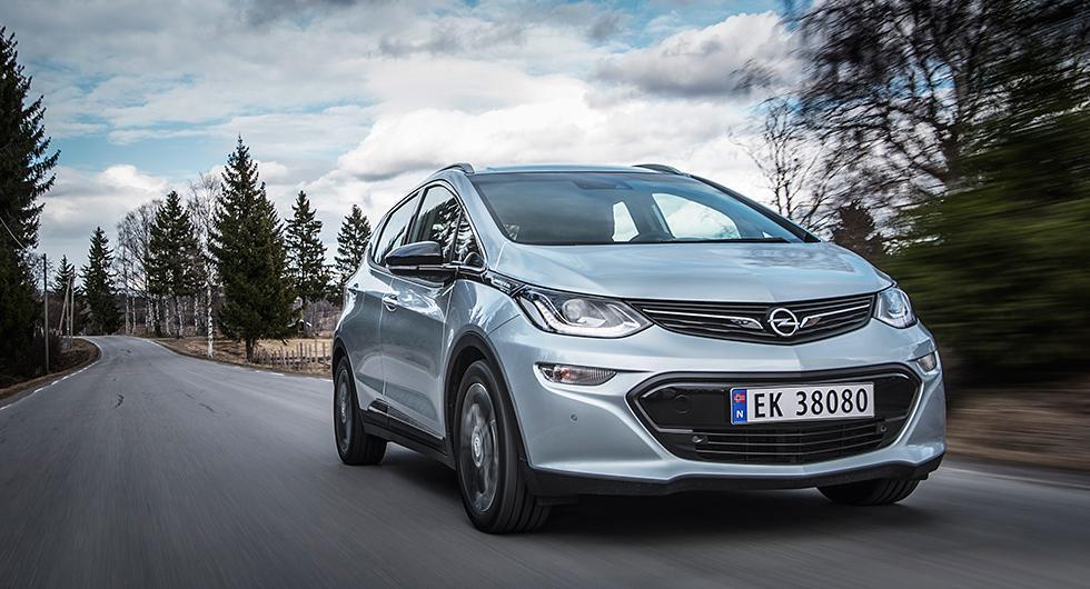 """Ampera-e har en kompakt kaross med ungefär samma """"fotavtryck"""" som småbilen Corsa."""