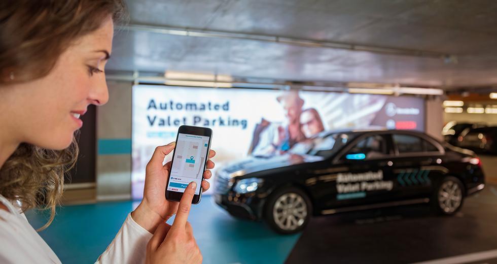 Fler bilar i automatiskt garage