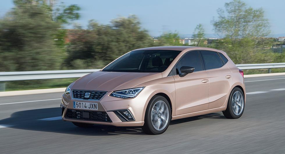 Småbilen Ibiza delar nu grundteknik med stora VW Passat. Det förvandlar det spanska busfröet till en betydligt mognare bil än tidigare – på gott och ont. Mest gott