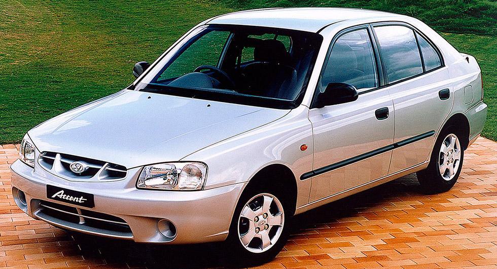 Frågeställaren har en Hyundai Accent från 1999 och undrar vad som händer om kamremmen skulle gå av.