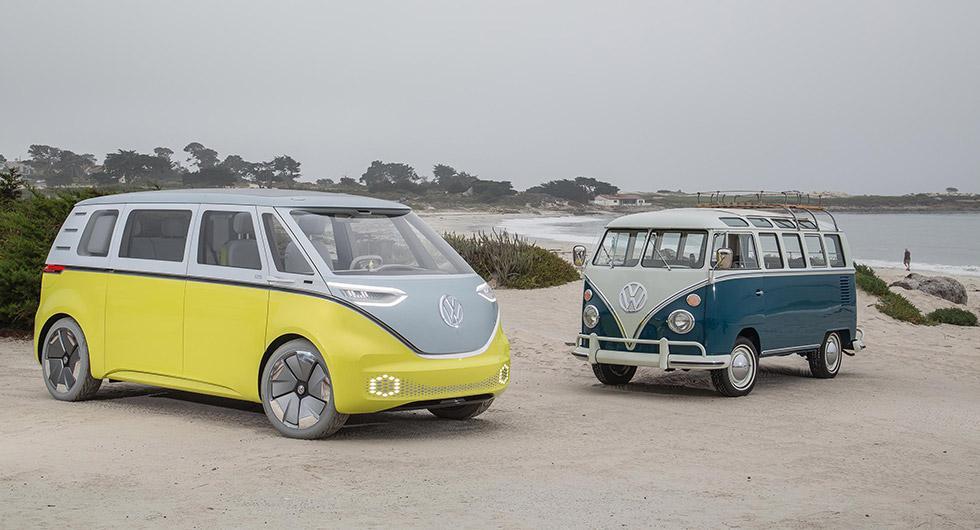 Gammal och ny. Volkswagens T1 tillsammans med konceptet I.D Buzz som ska massproduceras.