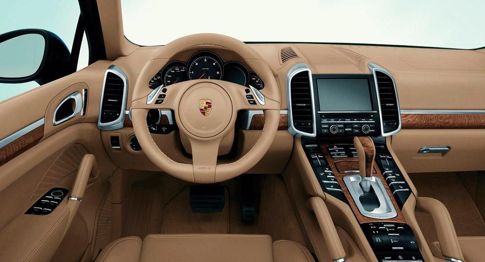 Ljusbrun interiör kan orsaka att föraren bländas, i alla fall i vissa av Porsches bilar.