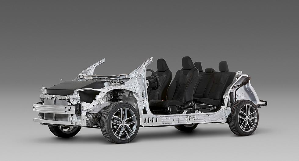 Toyotas TNGA-plattform ska ligga till grund för de nya elbilarna. Här syns plattformen under skalet på crossovern C-HR.