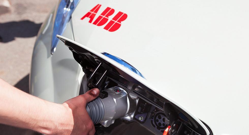 Northvolt bygger batterifabriken med ABB
