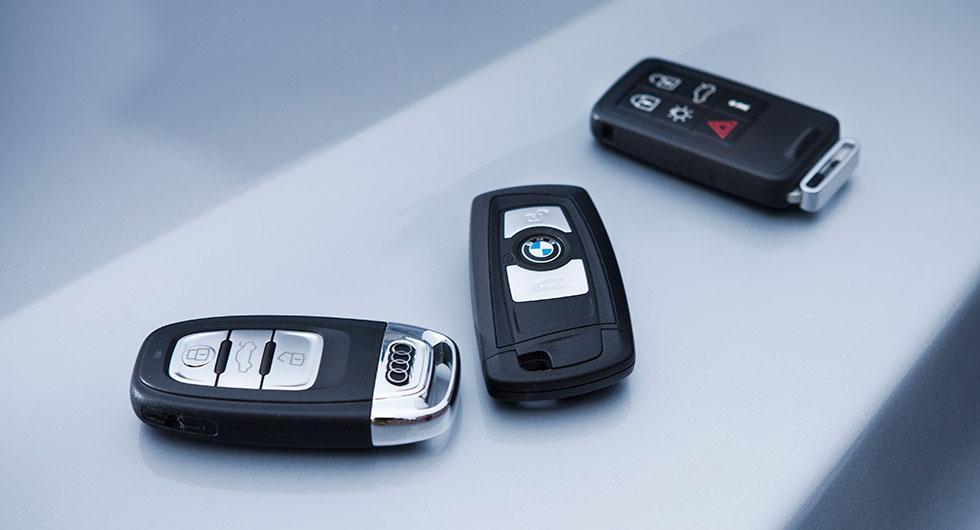 Förvara inte bilnyckeln i nyckelskåp, varnar Stöldskyddsföreningen. Istället är det en bra idé att investera i en plåtburk.