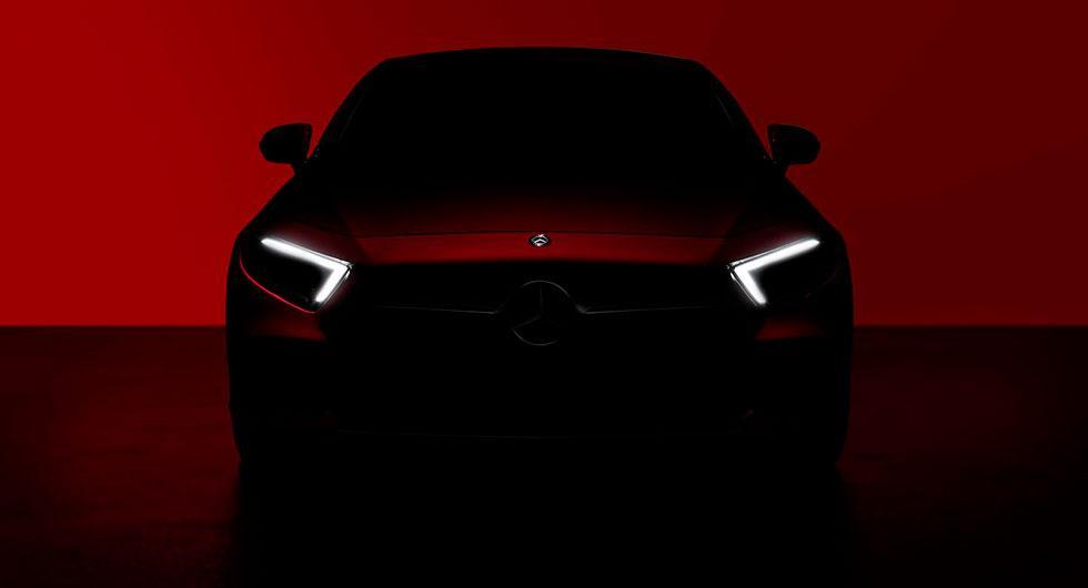 Mercedes smygvisar nästa CLS