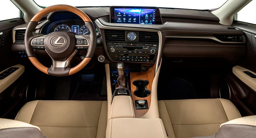Förlängda Lexus RX L frontar LA Auto Show