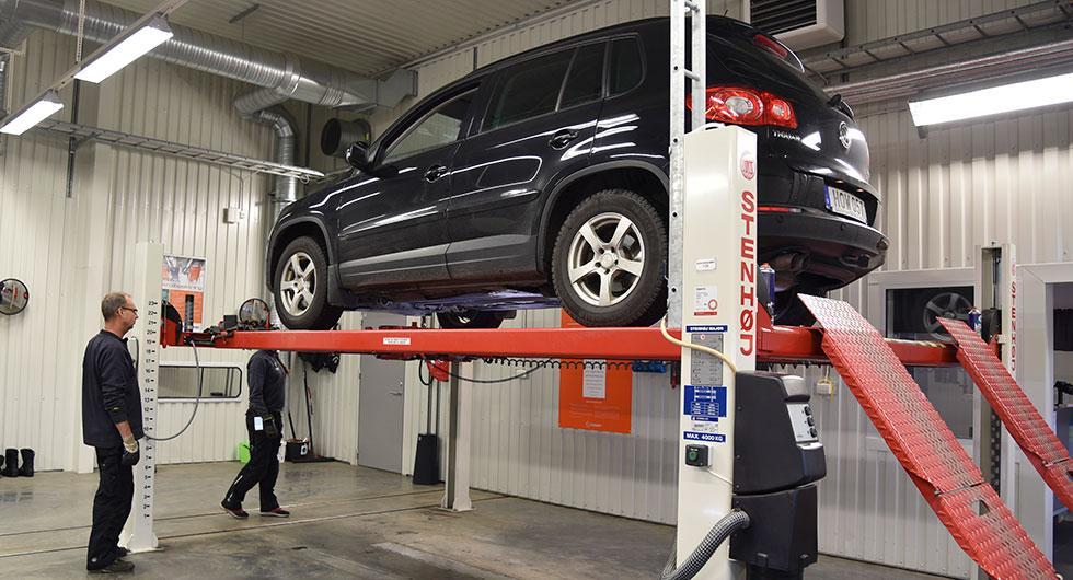 300.000 bilar riskerar körförbud i vår