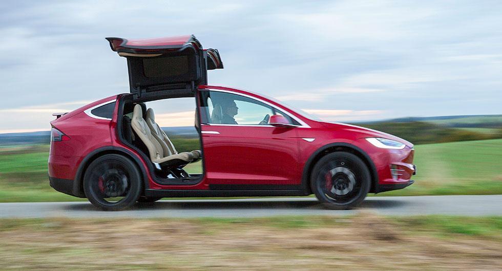 Tesla svaga på självkörande