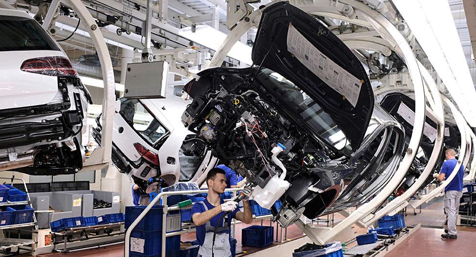 Över 480.000 nya VW Golf registrerades i Europa förra året.