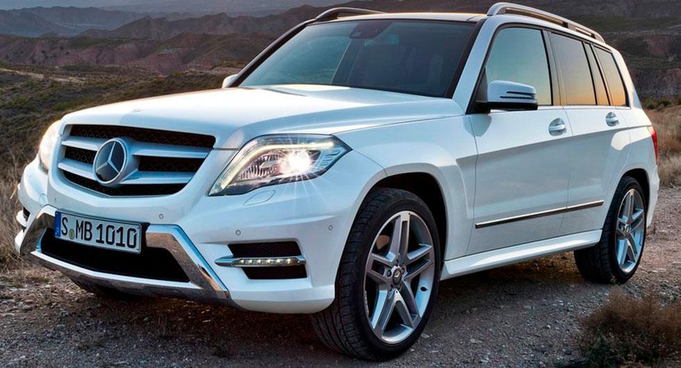 Frågeställaren vill konvertera strålkastarna på sin Mercedes GLK till LED och undrar om det är okej att göra det.