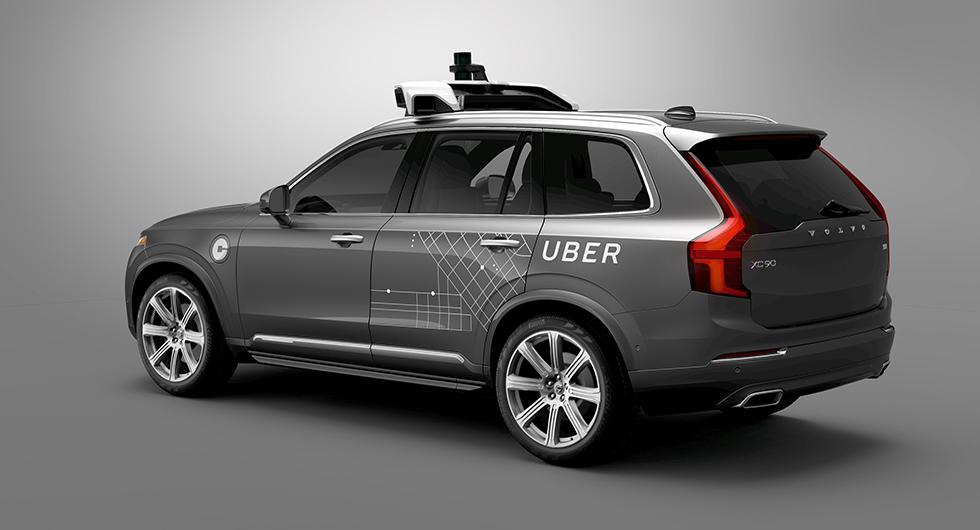 Uber stoppar självkörande tester efter dödsfall