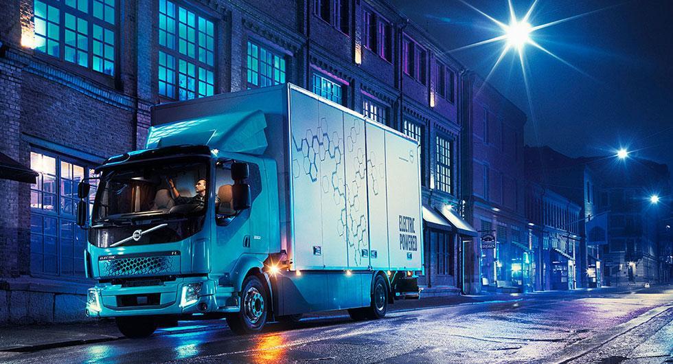 Volvos första eldrivna lastbil