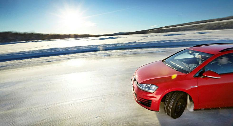 Bilfrågan: Varför kasar bilen på vinterdäcken?