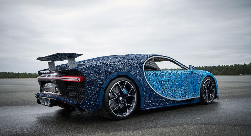 Fullskalig Bugatti Chiron i Lego