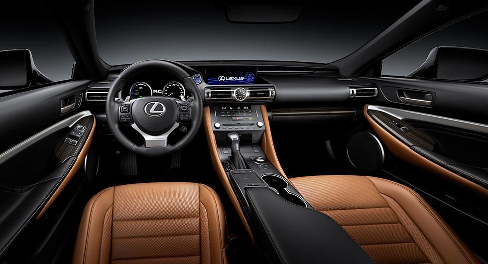 Lexus uppdaterar RC
