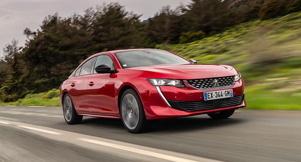 Nya Peugeot 508 har lånat designelement från konceptbilarna Exalt och Instinct.