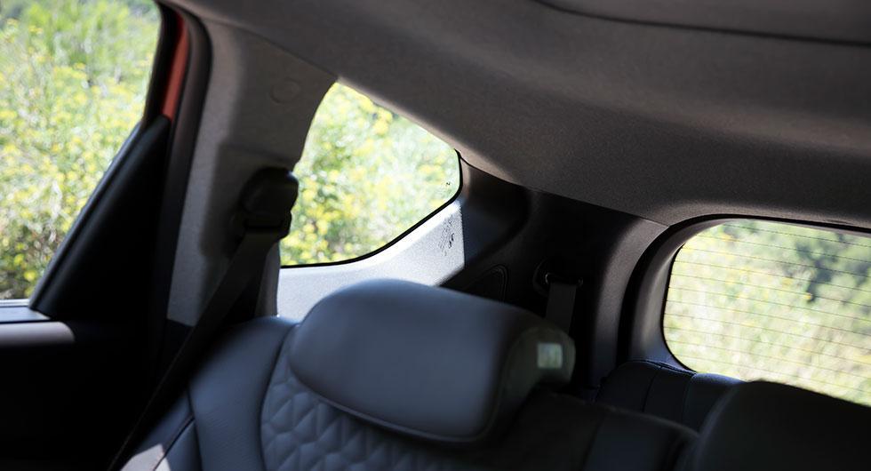 Större rutor har, enligt Hyundai, förbättrat bakåtsikten med exakt 41 procent.