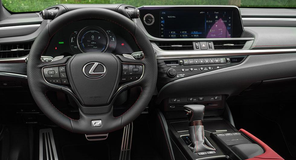 Så mycket kostar Lexus ES i Sverige