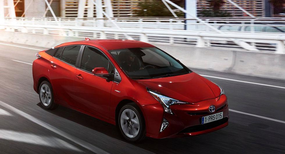 …Toyota Prius.