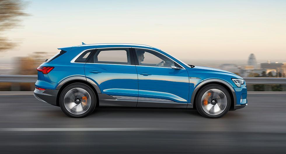 Mjukvarumiss försenar Audi e-tron