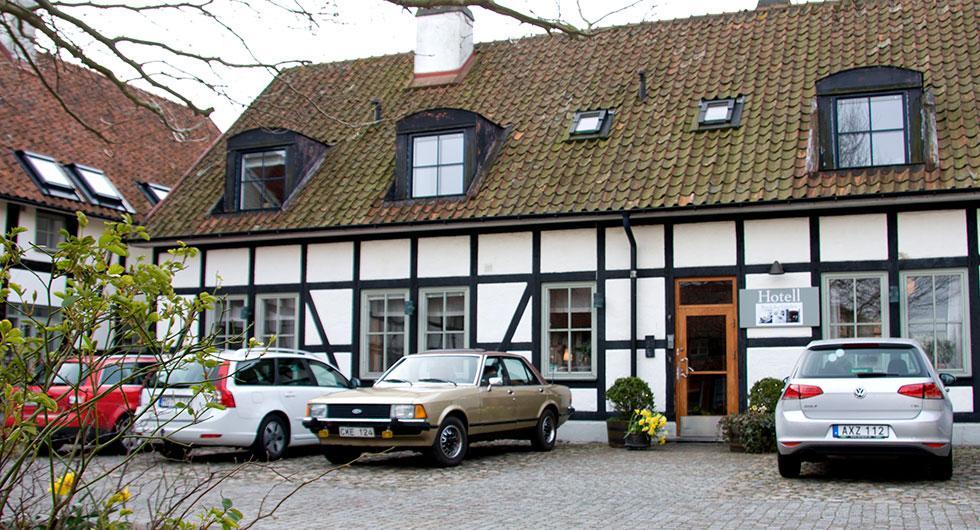 Bilköparna i Skåne väljer bilar med lägst koldioxidutsläpp i Sverige.