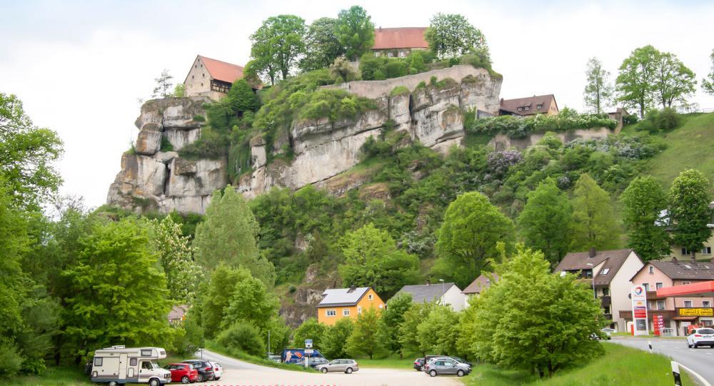 En tur utmed Romantiska vägen gör skäl för namnet, Tücherfeld.