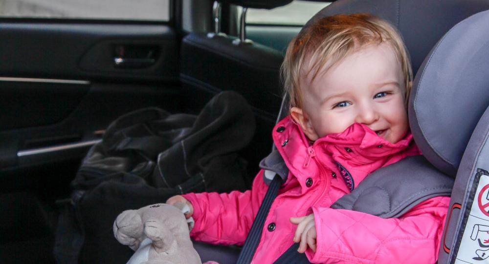 Sätena behöver skyddas mot smutsiga barnskor. (Foto: Maria Dahlin)