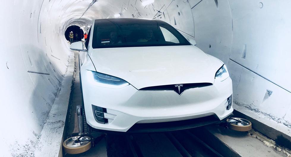 Ta en tur i Elon Musks snabbtunnel för bilar