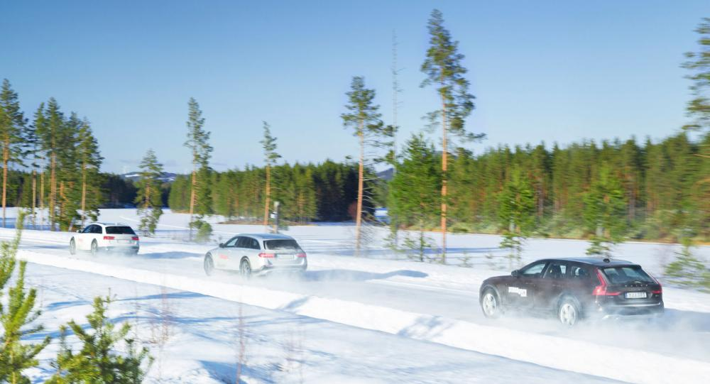 Ljustest: Audi A6, Mercedes E-klass och Volvo V90 (2017)