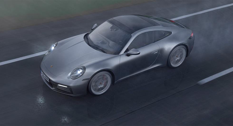 Porsche 911 lyssnar efter vattenstänk