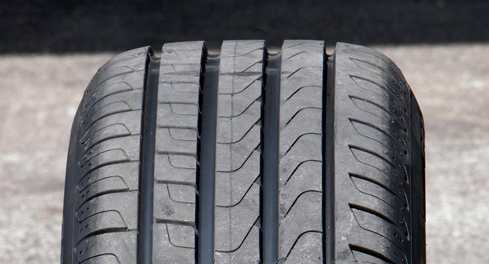 Bilfrågan: Lika bra däck?