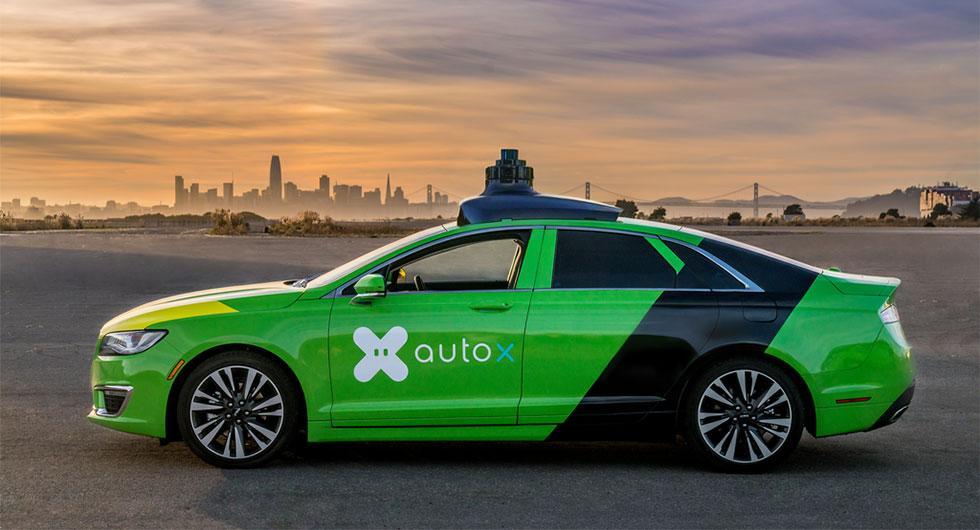 Svenska Nevs bygger självkörande taxibilar