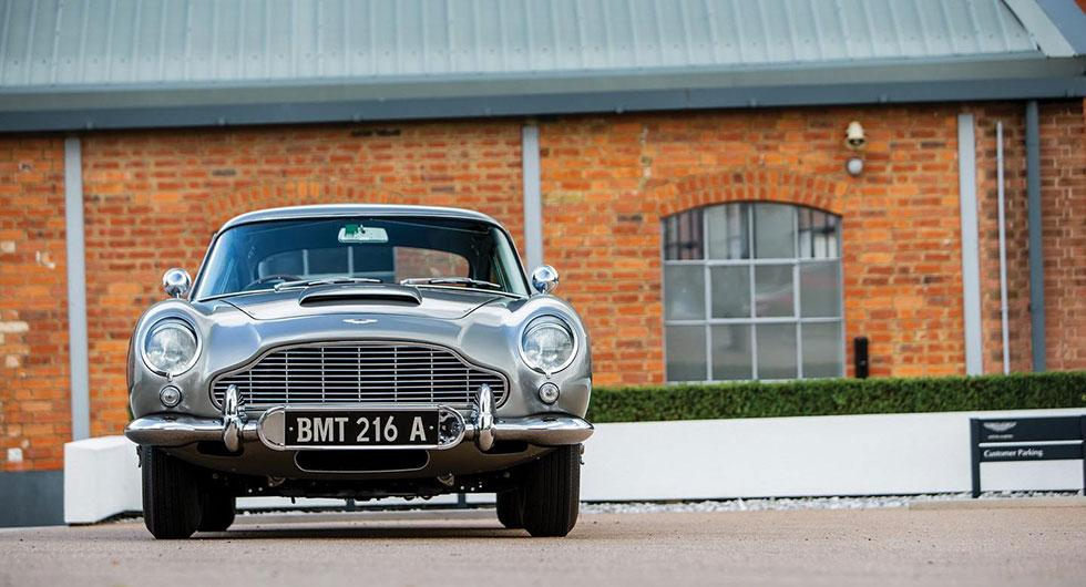 Ikoniska Bond-bilen till försäljning