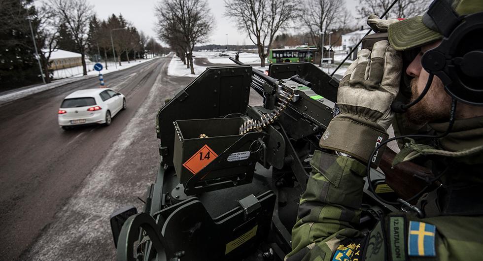 Tusentals bilar kan bli inkallade till militärtjänst