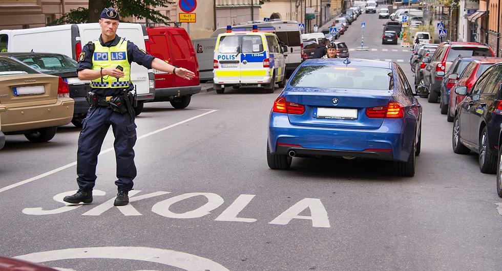 Poliskontroller vid skolor