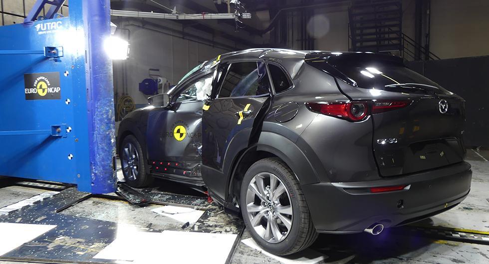 Mazda CX-30 rekordsäker i krocktest
