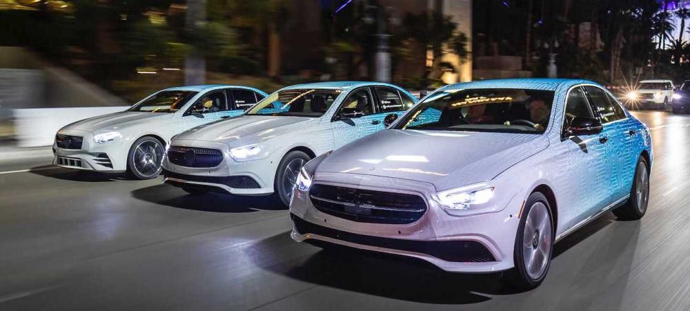Mercedes E-klass får snart en uppdatering och den ansiktslyfta versionen kommer dyka upp i sommar.