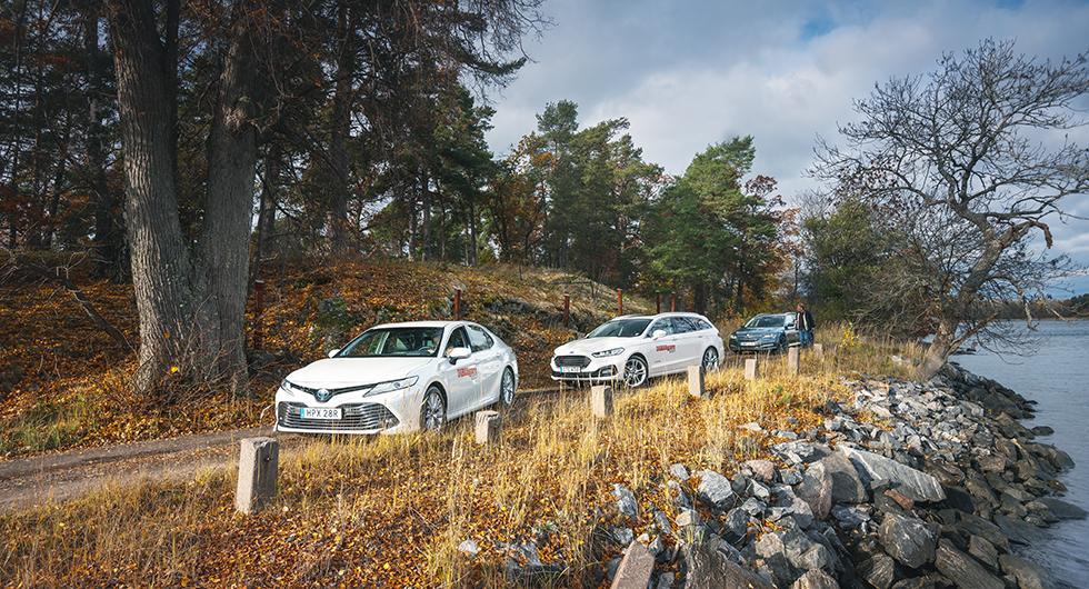 Testvärden: Ford Mondeo Elhybrid, Skoda Superb, Toyota Camry Hybrid (2019)