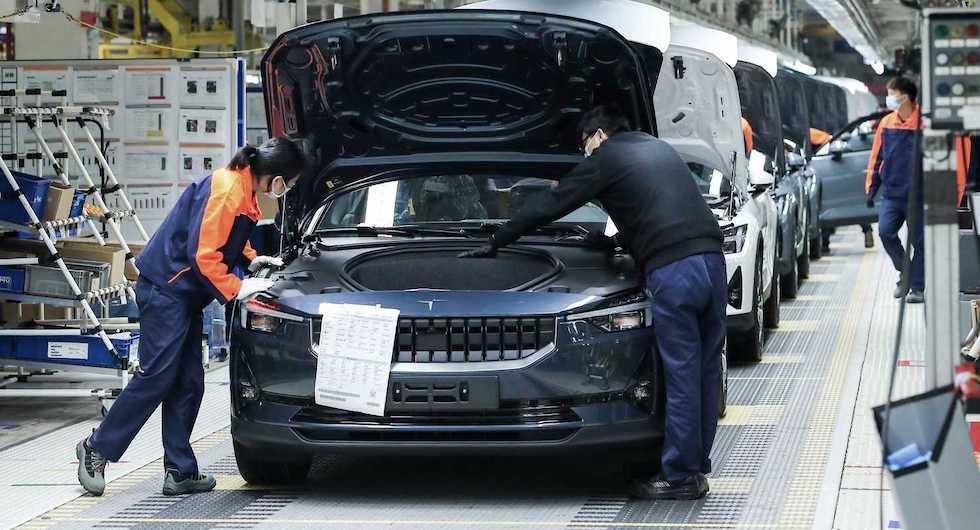 Polestar 2-produktionen igång – elbilen kommer i sommar