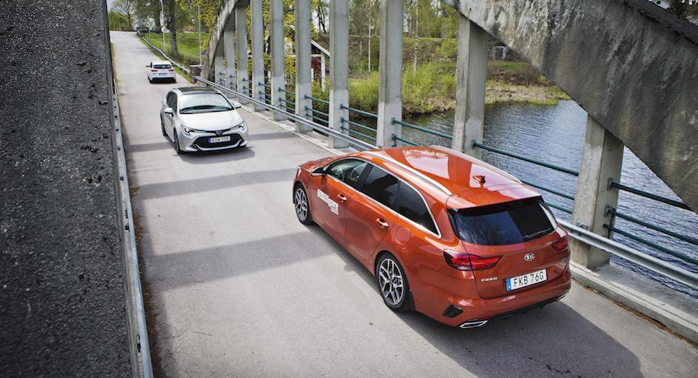 Ljustest: Hyundai i30 kombi, Kia Ceed SW, Toyota Corolla Touring Sports (2020)