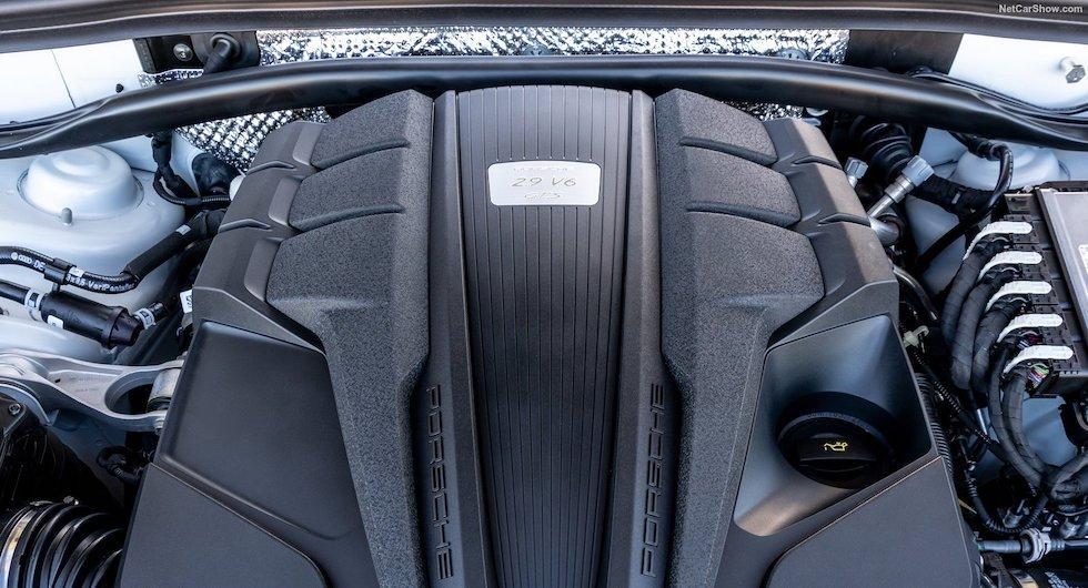 Porsche gör klart: Ska hålla liv i förbränningsmotorn
