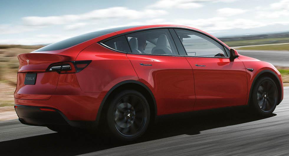 Teslas nyheter: Bättre batterivärmning och ny kamera för föraren