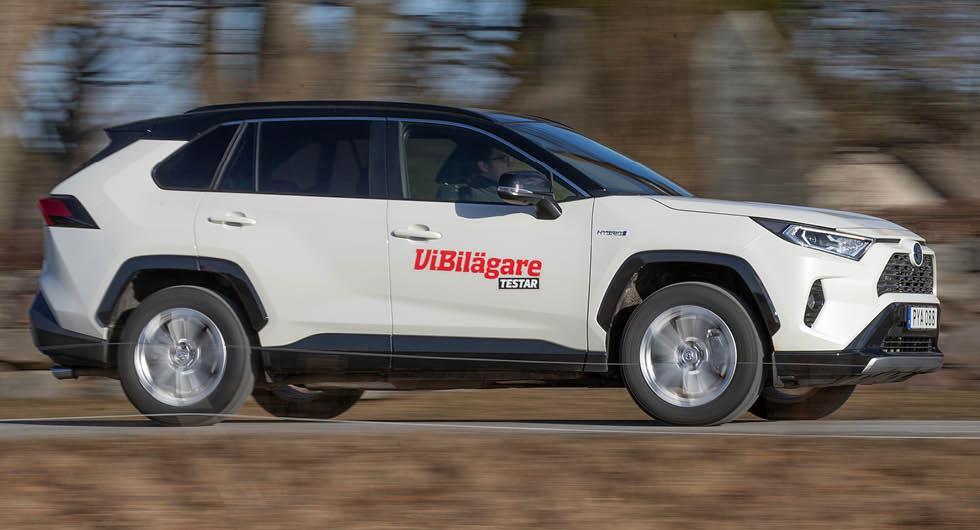 Toyota RAV4 har för liten bensintank – ska uppdateras